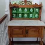 Decorative washstand