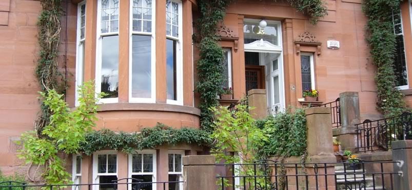Wonderful Queensgate Garden Apartment